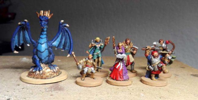 Les figurines du jeu de plateau Drakon, édité par Edge Entertainment